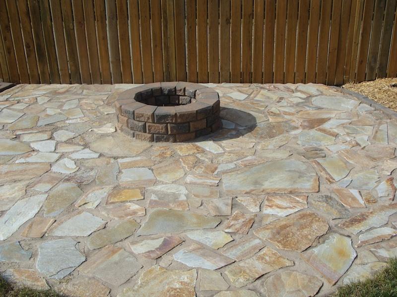 stone patio& firepit